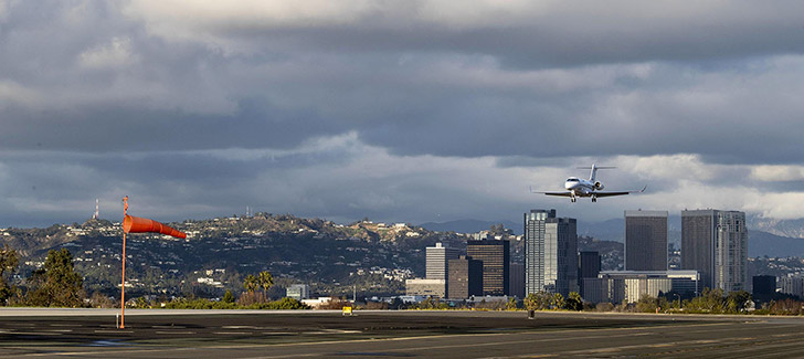 NBAA to Appeals Court: Santa Monica, FAA Agreement Must Be 'Vacated'